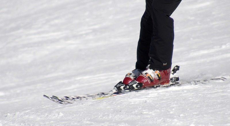 Een knieprothese en skiën